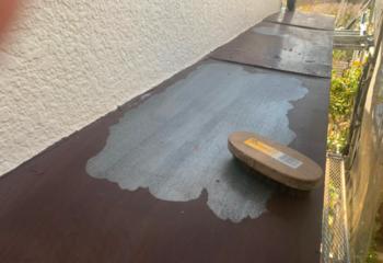 庇板金の塗装 (1)ケレンがけ