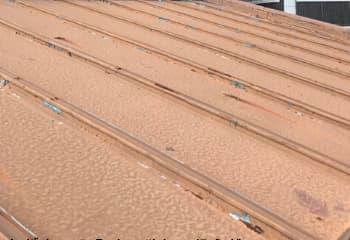トタン屋根をガルバリウム鋼板でカバー工法(工事前)