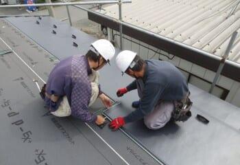倉庫屋根ガルバリウム鋼板