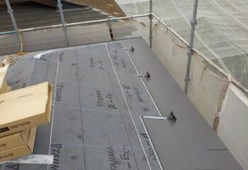 屋根本体張り1