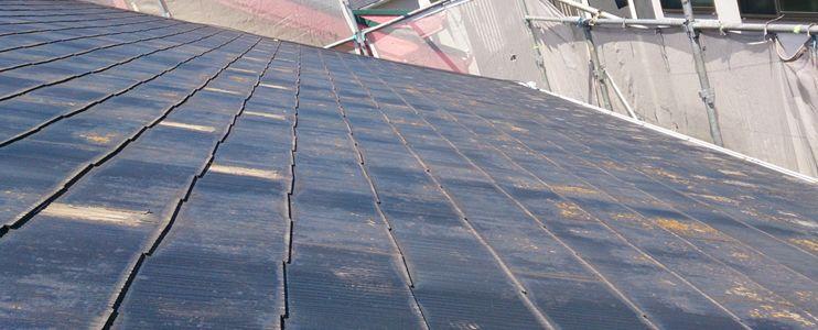 色あせたコロニアル屋根