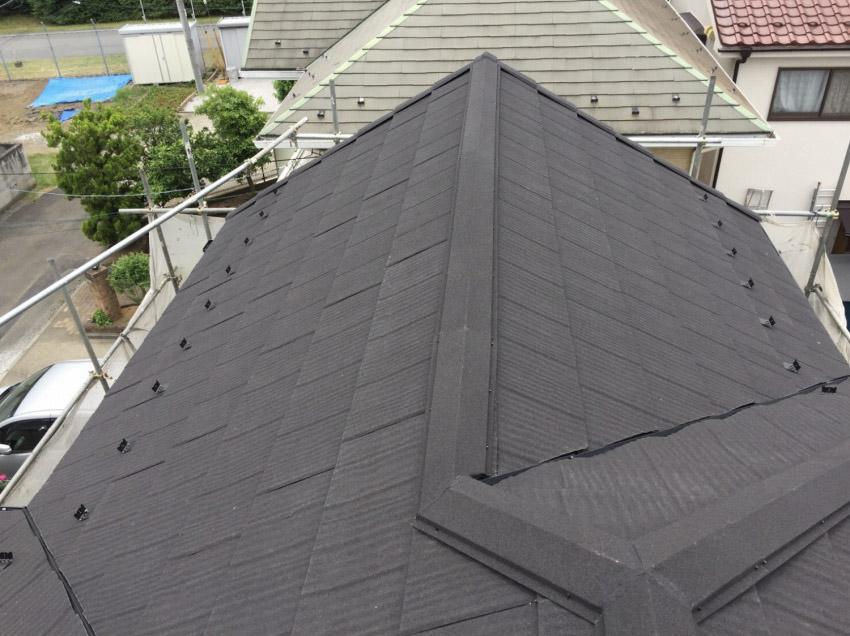 同質役物の屋根