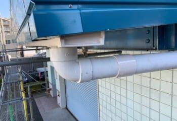川崎市川崎区|工場倉庫の破風パネル(鼻隠しパネル)交換工事