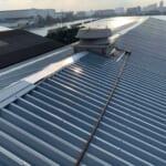 東京都江東区 | 折板屋根による工場倉庫の屋根カバー工法